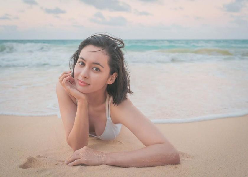 해변에서 구잘