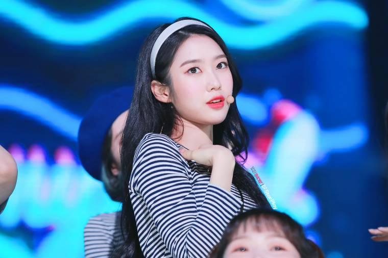 유아 아린 지호 효정 승희 비니 미미 (오마이걸) - 스타플레이 (고7p)
