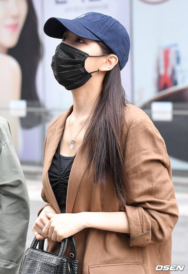 러블리즈 엠카 출근길 기사 사진 - 수정&예인&지애