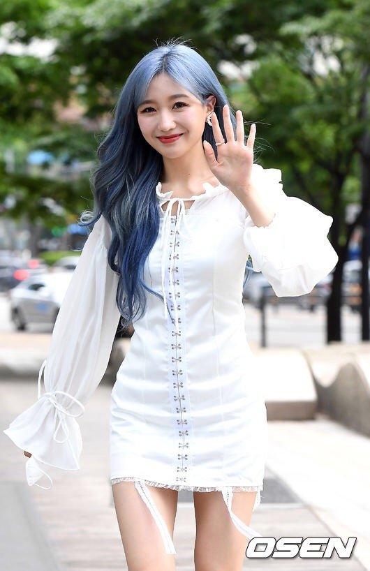 [러블리즈]  류수정  엠카 출근길... 지애  예인